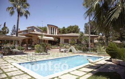Villa in Santa Apolonia, Torrente, Valencia zu verkaufen